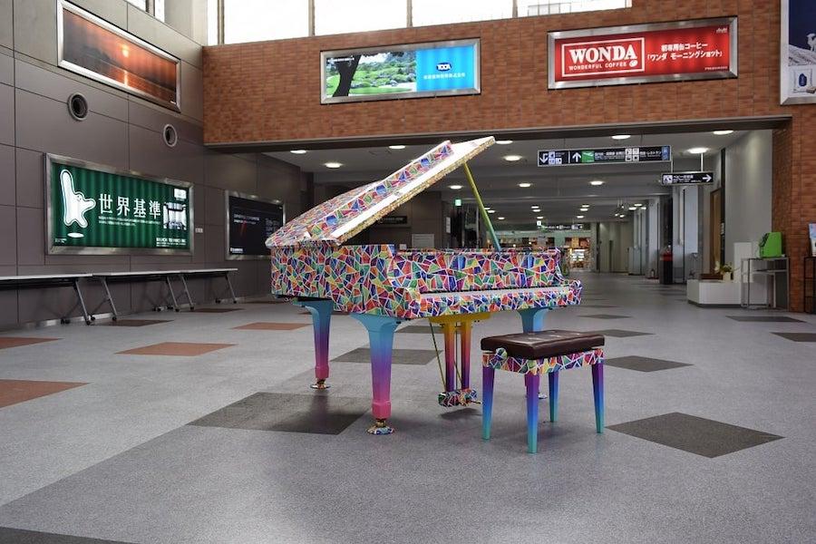 米子鬼太郎空港空港ピアノ