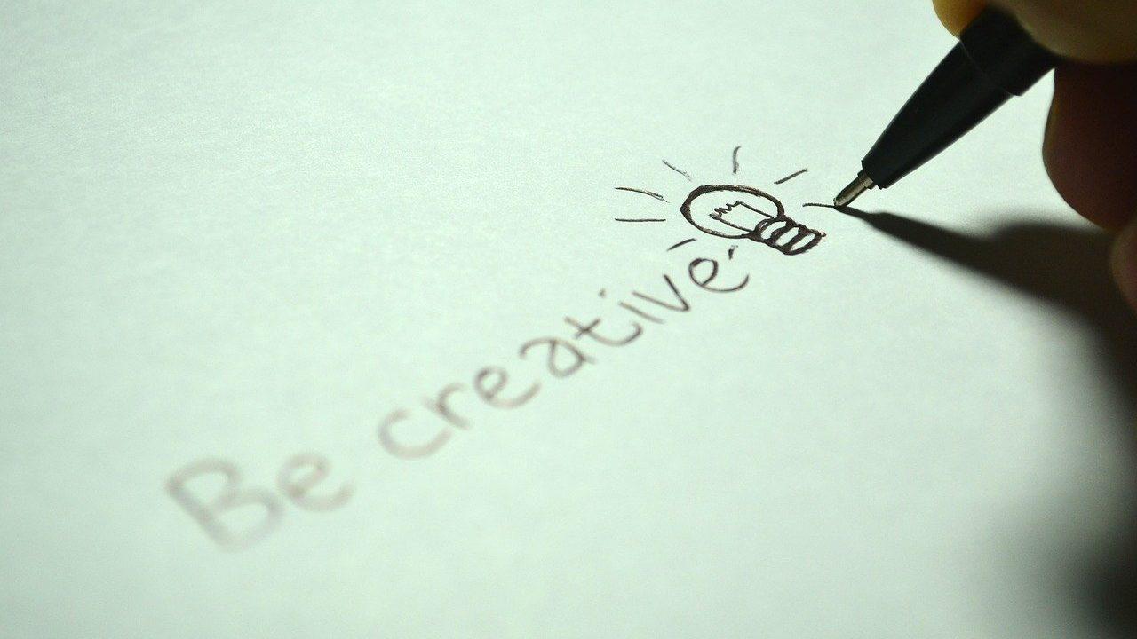 アイデアが出てこない!そんな時に使える8つの方法〜デザインシンキング+α〜